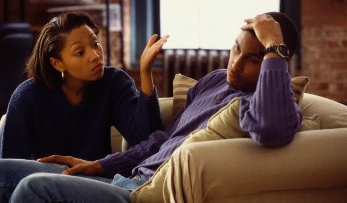 4 things you should never do when talking to a woman