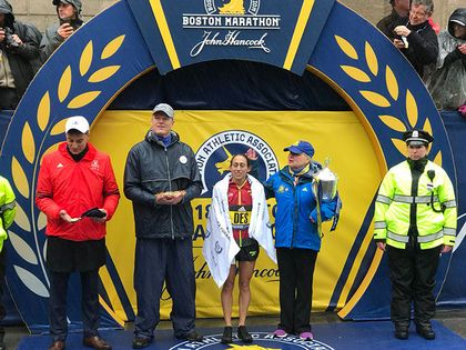 Kawauchi, Linden win landmark Boston Marathon titles