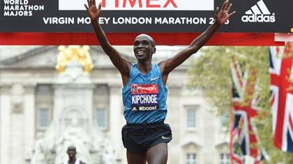 Runner has died after collapsing at London Marathon