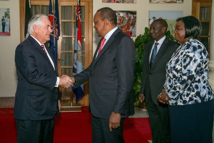 Kenyan president and opposition leader meet in bid to heal divisions